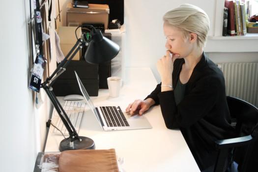 Varför läser vi bloggar egentligen?